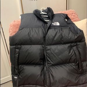 North face black vest NWOT what a steal!